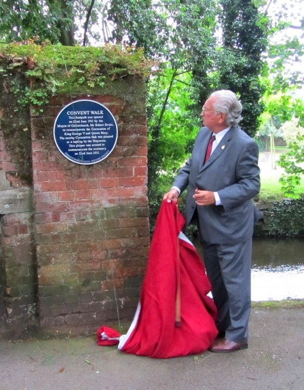 Convert Walk Plaque unveiling by Michael Hodges (then Chairman Christchurch Local History Society)