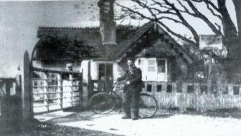Avon Causeway Toll Cottage