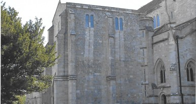 1. A Tour of the Historic Quarter of Christchurch around the Priory