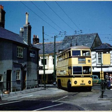 Trolley Bus approaching turntable at Christchurch | CHS Archive