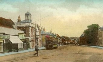 Trams in Christchurch High Street