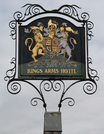 Kings Arms Hotel, Castle Street