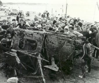 The Wreckage on the Beach at Mudeford